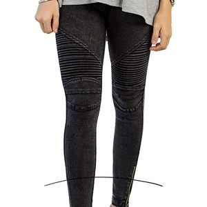 Pants - Women's Black motto leggings...